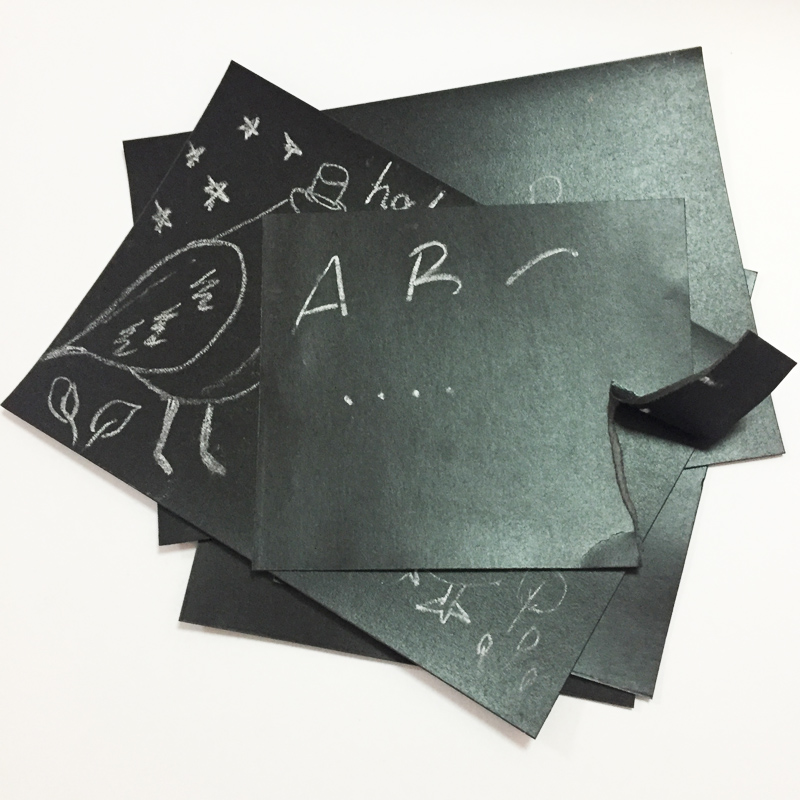 the different between black card paper with virgin pulp